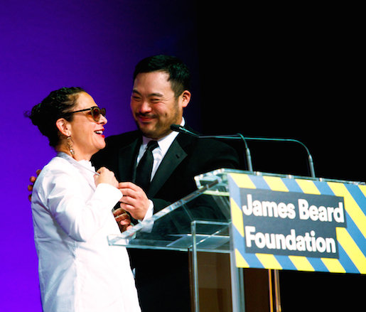 Nancy Silverton and David Chang at the 2014 James Beard Awards