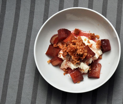 Port-Poached Rhubarb with Ricotta and Walnut Crumble