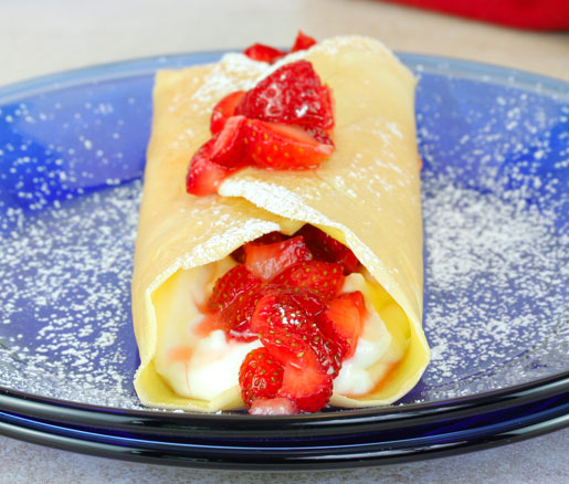 Recipe for Crespelle with Red Wine Strawberries and Ricotta