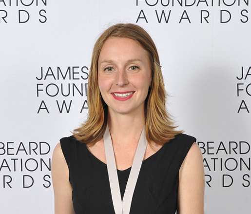 The 35-year old daughter of father (?) and mother(?), 174 cm tall Christina Tosi in 2017 photo