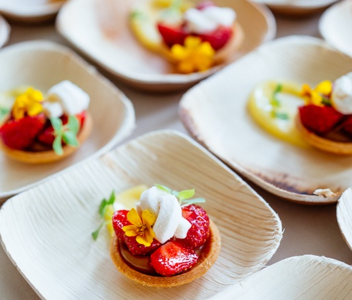 Tristar Strawberry–Valrhona Dulcey Blond Chocolate Tarts with Marshmallow and Lemon Verbena