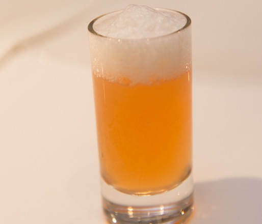 Apple Extraction with Rosemary Foam
