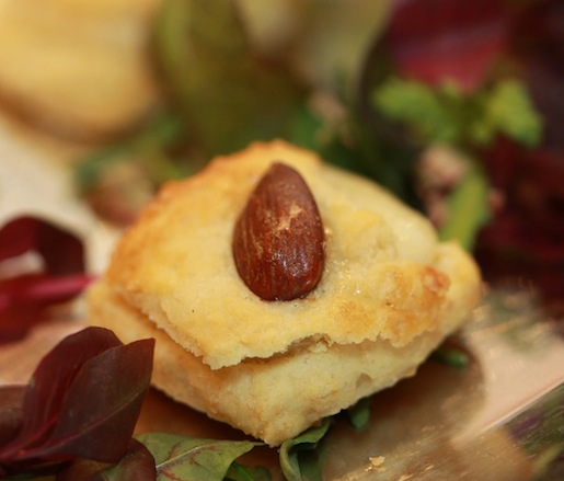 Almond Biscuits with Castelao Cheese and Piri-Piri Jam