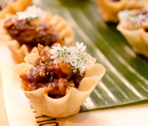 Miang > Caramelized Prawns in Crispy Cupcakes with Minced Prawns, Minced Chicken, Fried Shallots, and Fried Garlic