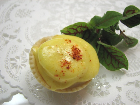 Arnold Bennett Tartlets > Smoked Haddock Tartlets with Quail Eggs and Hollandaise