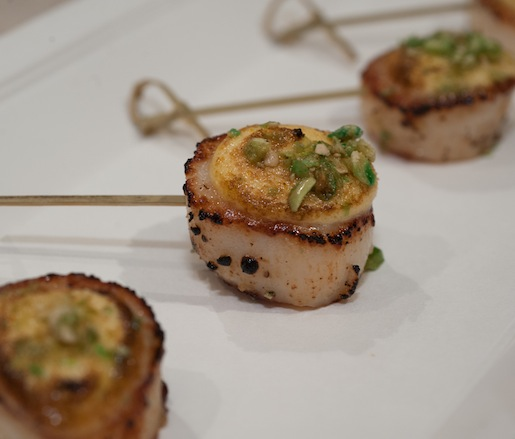 Scallops with Ají Amarillo Aïoli and Wasabi Peas