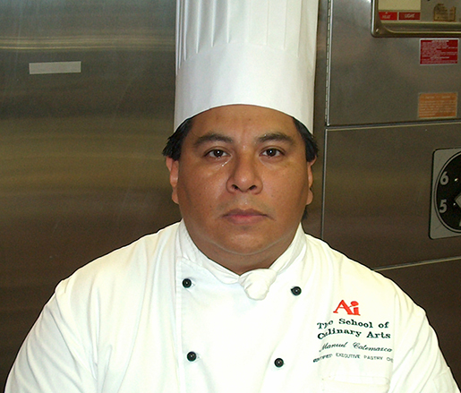 Pastry Chef Manuel Catemaxca