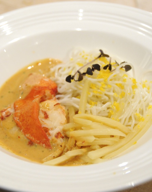 Lobster Kanom Jin Noodles with Acacia Leaf
