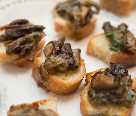 Mushroom–Truffle Oil Crostini