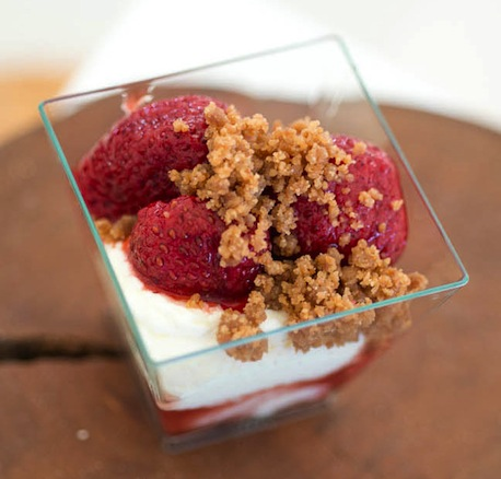 PRINT's mascarpone mousse with roasted strawberries and honey–port reduction