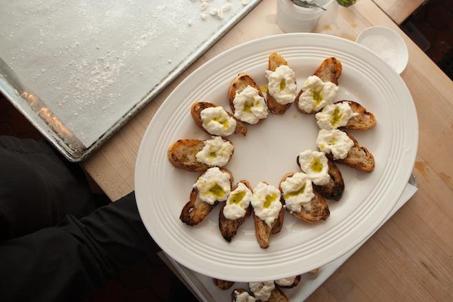 Stracciatella Toasts