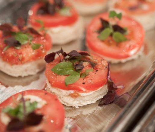 Vicksburg-Style Tomato Sandwiches
