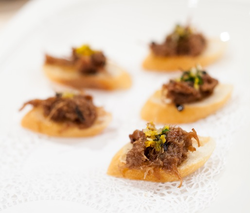 Joue de Veau > Strauss Veal Cheeks with Black Truffles